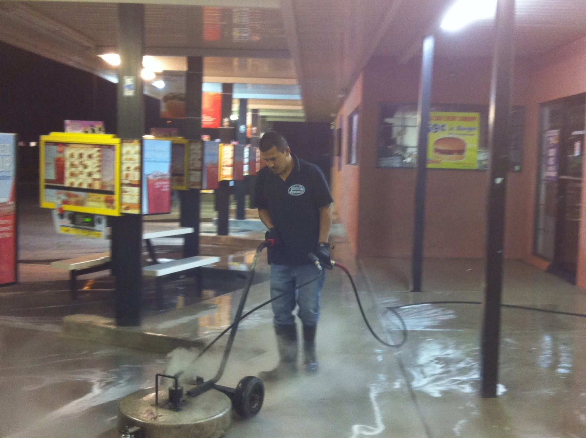 Bravo Power Wash LLC fifth image