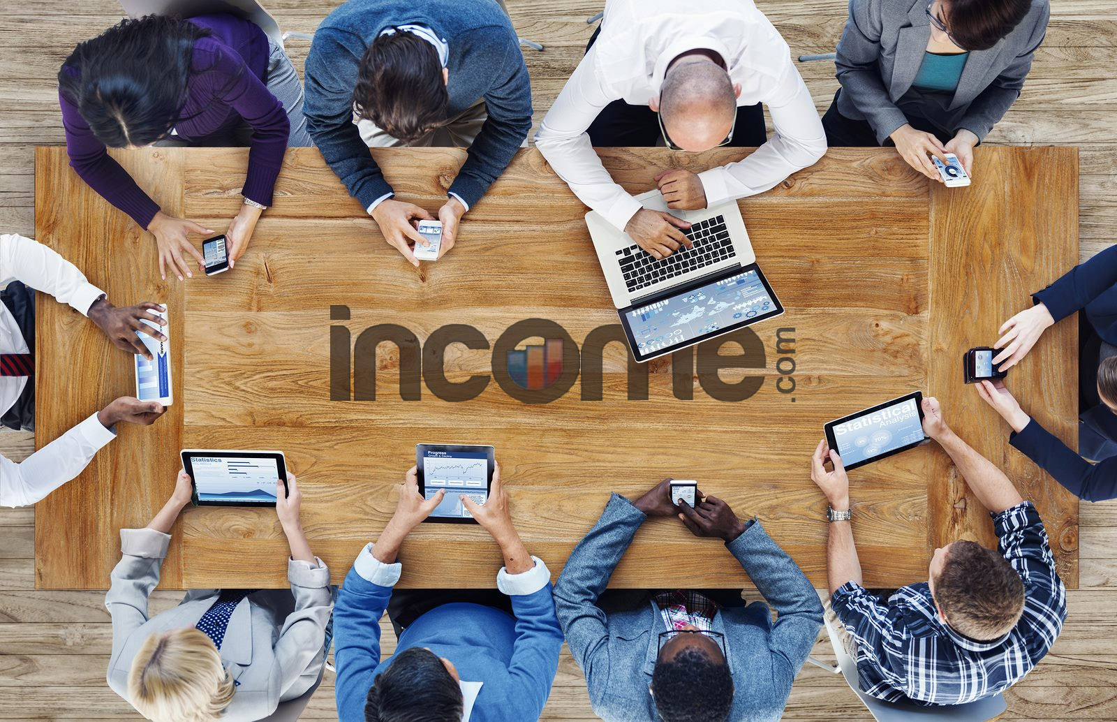 Income.com first image