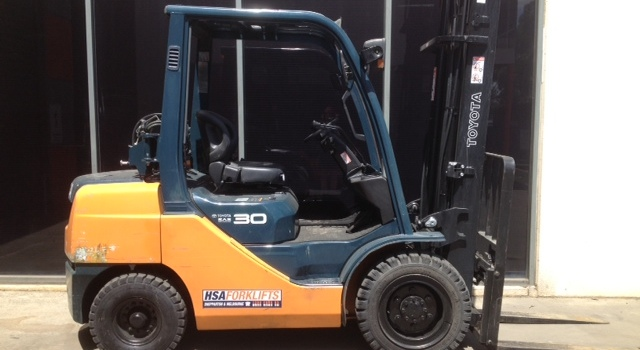 HSA Forklifts - Used Electric Forklifts Melbourne first image
