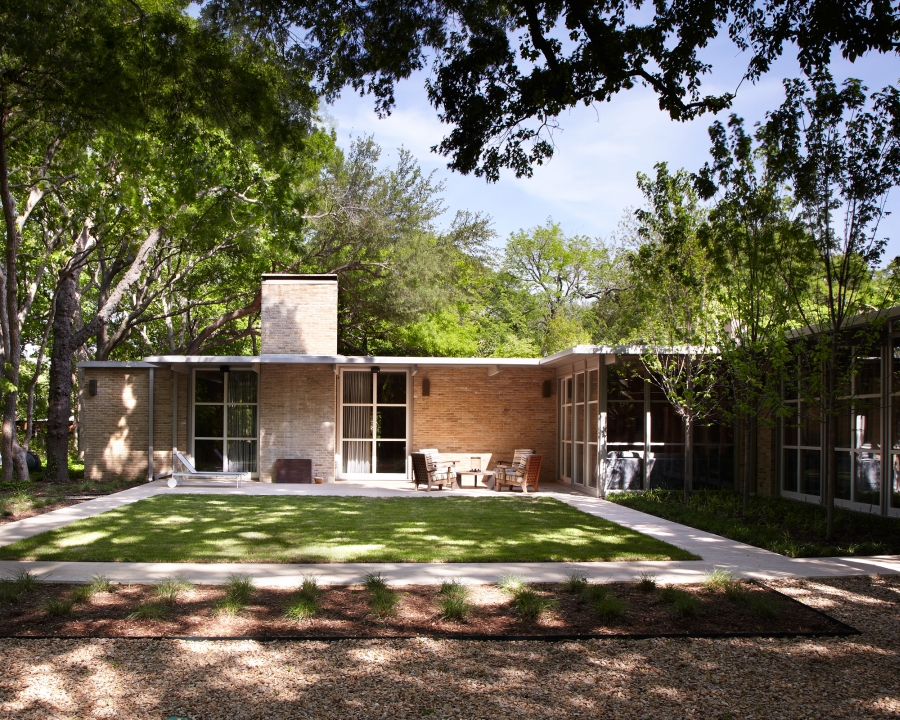 Bauhaus Custom Homes, LLC fifth image