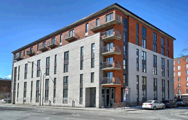 Rental Montreal third image