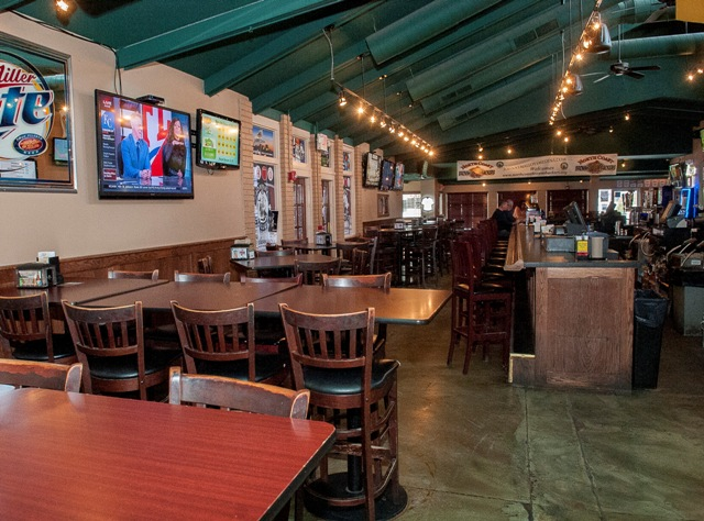 Johnny Malloy's Sports Pub third image