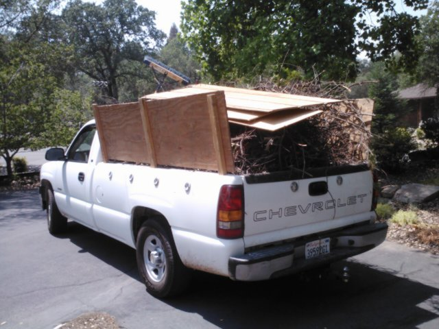 Rich's Hauling & Yard Clean-Up fifth image