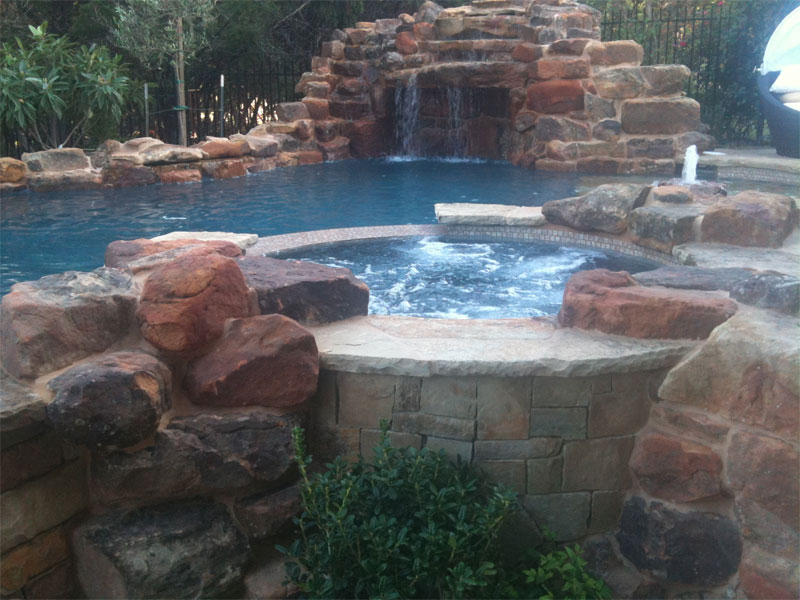 KB Custom Pools LLC third image